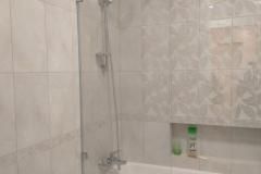 ванна с защитной шторкой