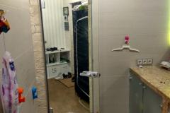 """входная дверь  из зеркального стекла """"триплекс"""" со стороны квартиры"""